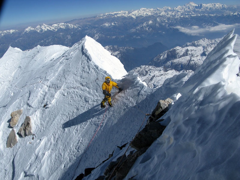 Approaching the real makalu summit